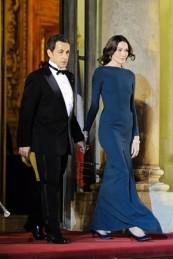 Nicolas-Sarkozy,-Carla-Bruni_290x435