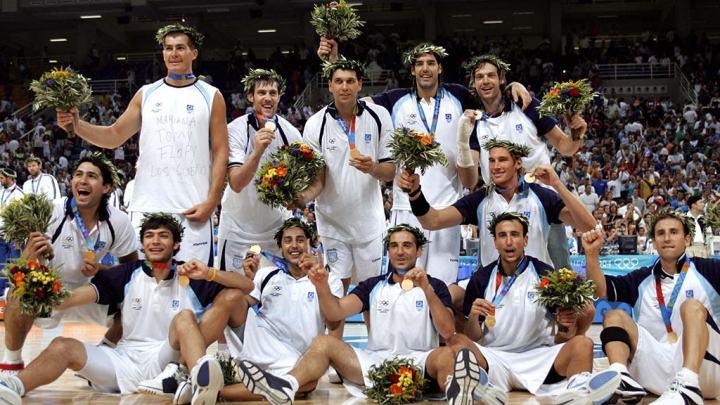 argentina-celebrates2004