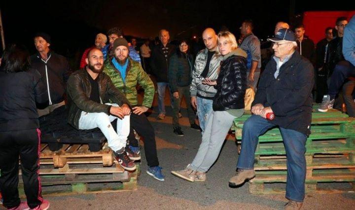 gorino barricate immigrati