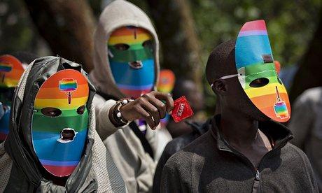 kenyans-wear-masks-to-pre-007
