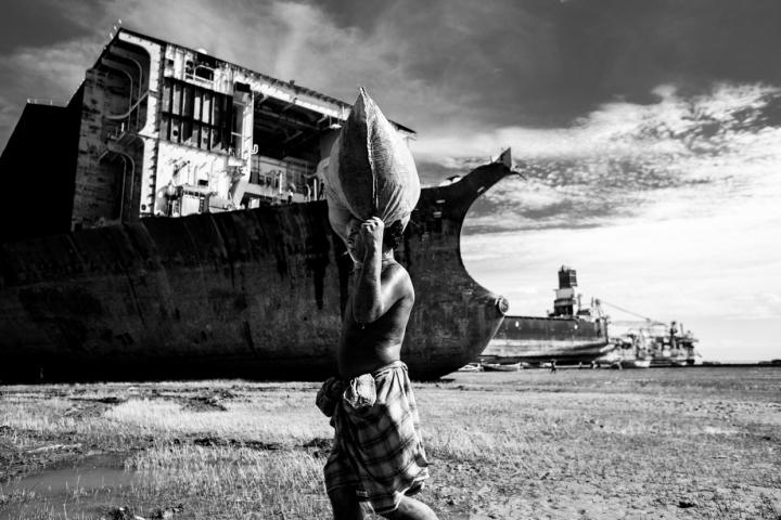 nave lavoratore india