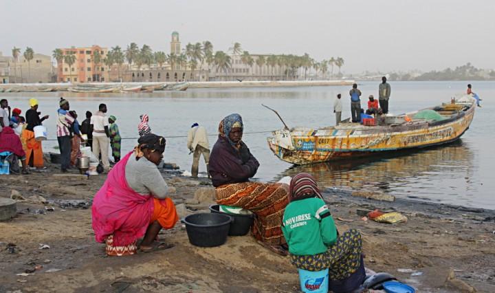 barca di pescatori senegal