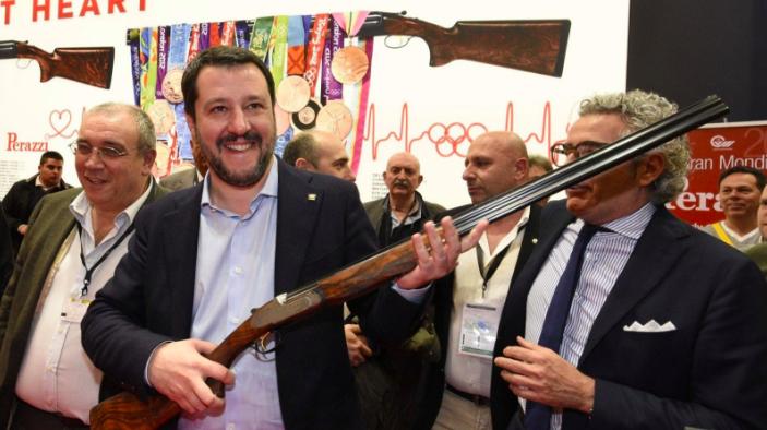 possesso armi italia salvini